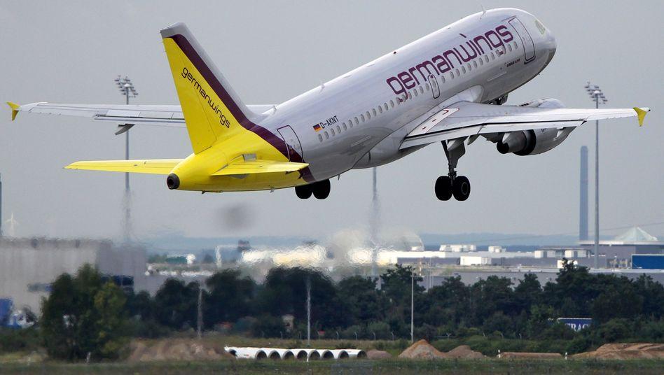 Germanwings startet durch: 2013 übernimmt der Billigflieger Flüge der Lufthansa
