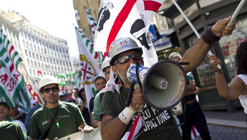 Schuldenkrise in Italien: Proteste gegen Sparprogramm