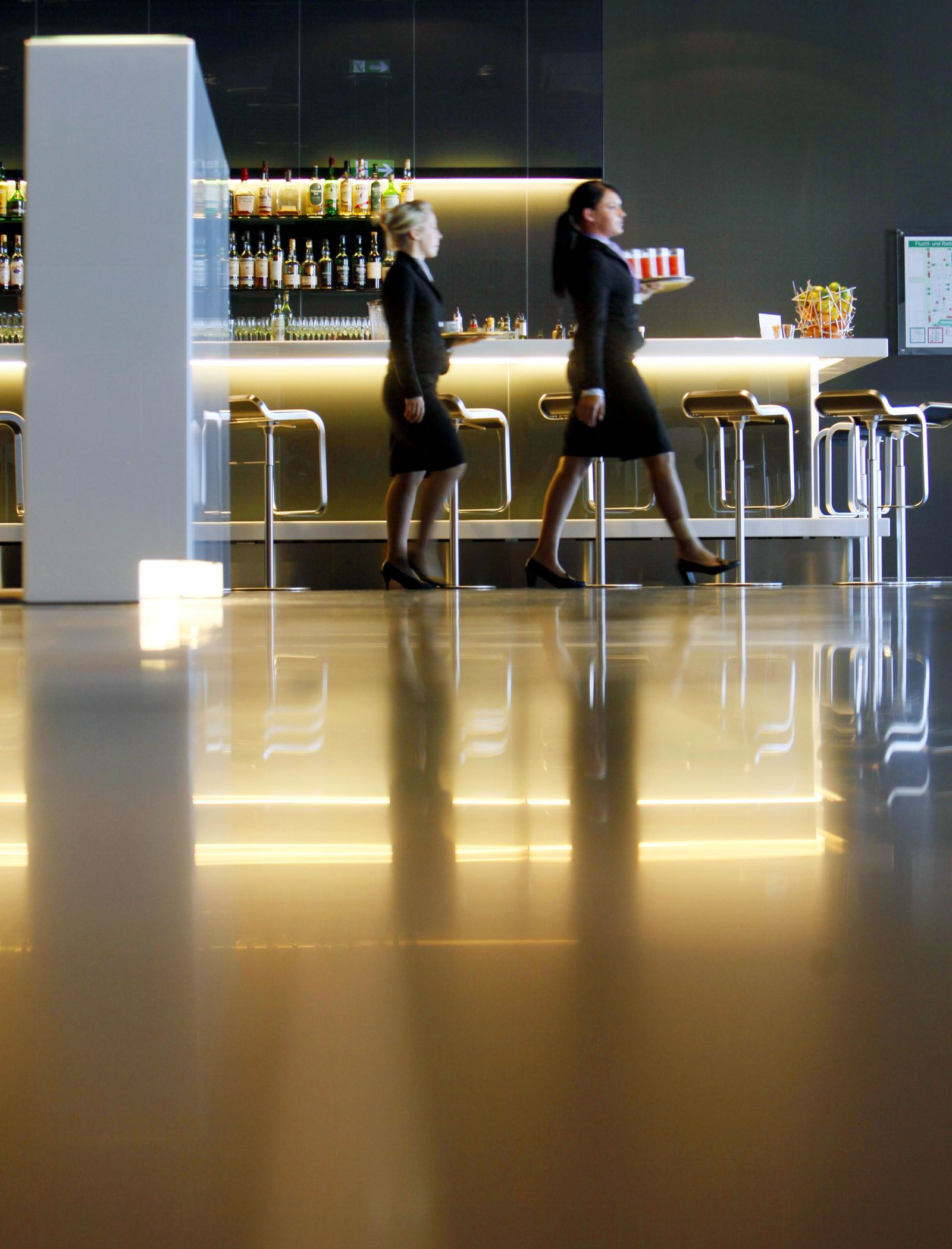 Flughafen / Lufthansa First Class Lounge