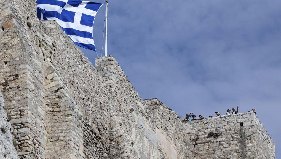 Griechenlands Flagge über der Akropolis: Neue Hoffnung für den Krisenstaat?