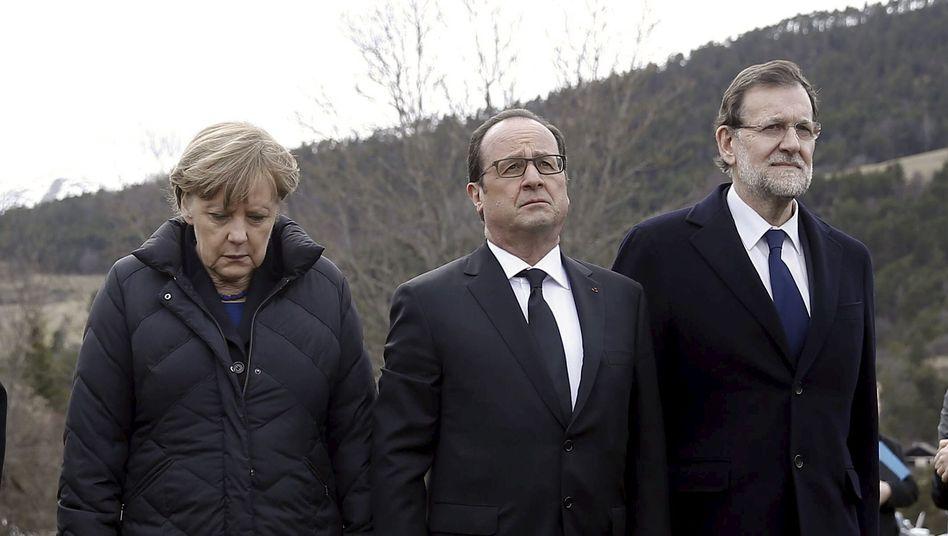 Merkel (mit Hollande und Rajoy, r., am Unglücksort): Die Union profitiert vom Image der Kanzlerin