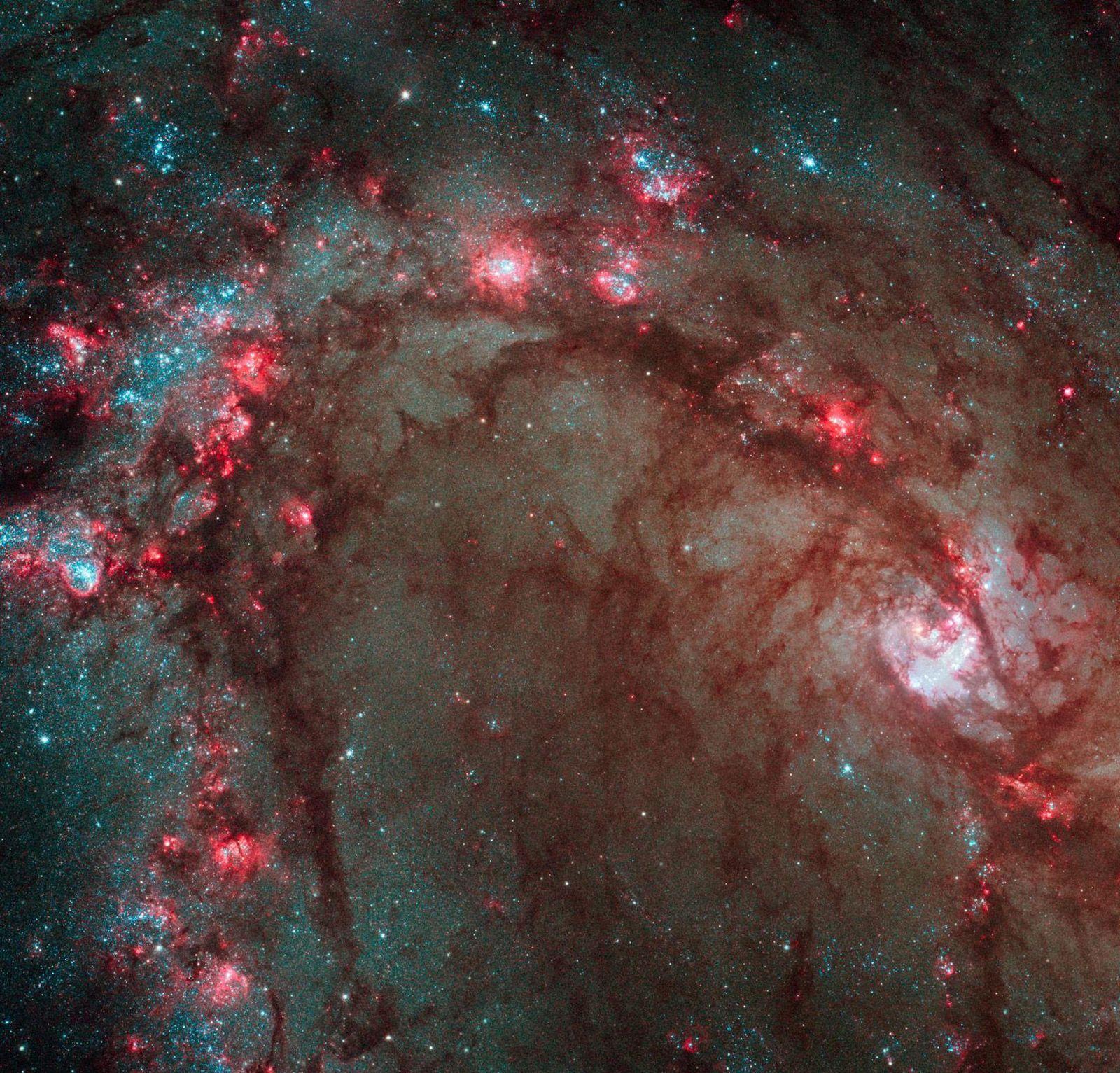 """NUR FÜR SPAM Hubble fotografiert """"M83"""""""