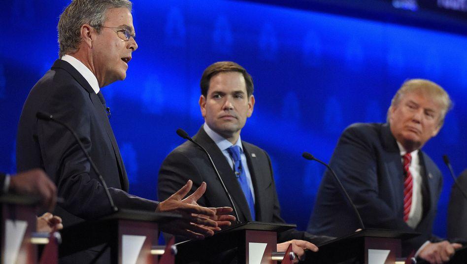 """Republikaner Bush, Rubio, Trump: """"Keine sehr nett gestellte Frage"""""""