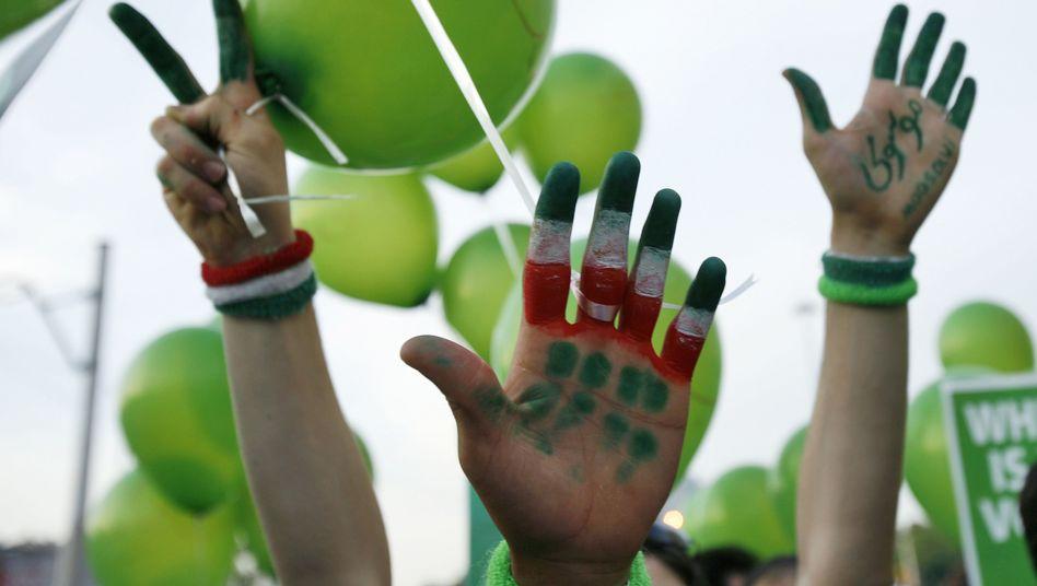 Grüne Bewegung (2009): Iraner, die sich Veränderungen wünschen, schauen gebannt auf die Ukraine