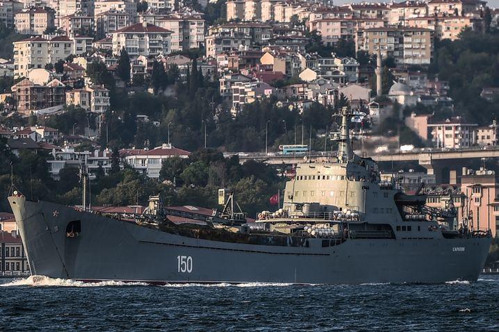 Russisches Kriegsschiff auf dem Weg ins Mittelmeer: Immer mehr Truppen nach Syrien
