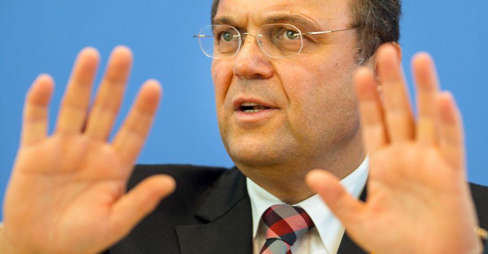NSA-Affäre: Friedrich, der Zögerliche
