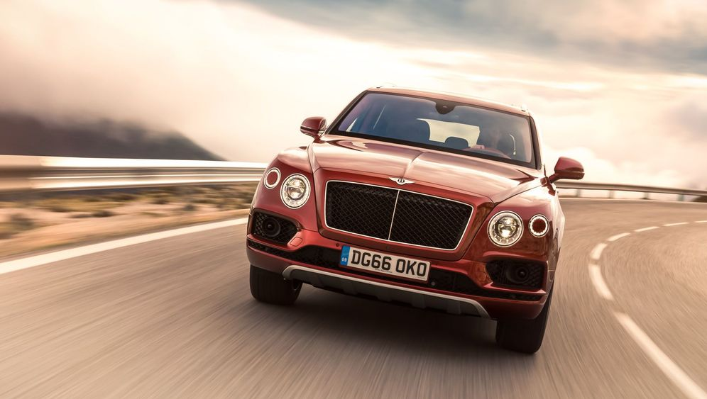 Autogramm Bentley Bentayga Diesel: Standesungemäß