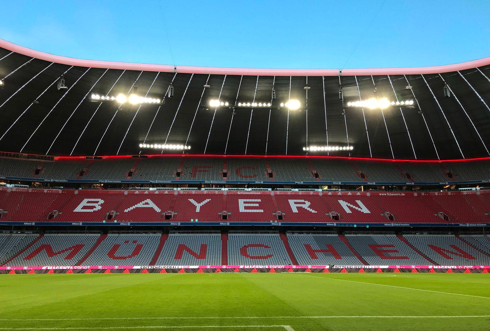 24.04.2020, Allianz Arena Muenchen, Fussball, im Bild: Leere Tribüne in der Allianz Arena *** 24 04 2020, Allianz Arena