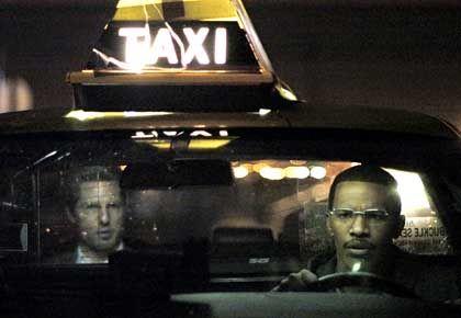 """Szene aus """"Collateral"""" (mit Tom Cruise und Jamie Foxx): Duell auf dem Schachbrett Los Angeles"""