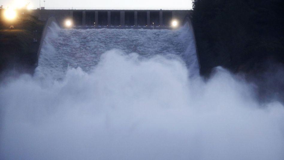 Hauptüberlauf des Oroville-Staudamms