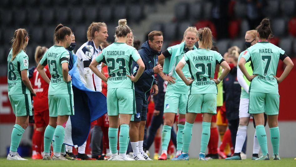 Fehlstart: Gabor Gallai und sein Hoffenheimer Team verloren erst in der Liga in München, jetzt im Pokal gegen Leverkusen