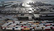 Die Wirtschaft ist besorgt, die Navy macht sich bereit