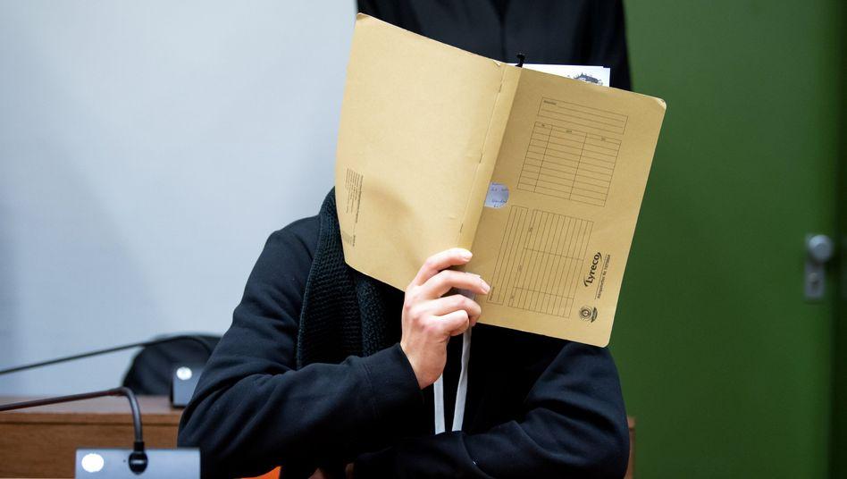 """Urteil im """"Stromstoß""""-Prozess in München: Die Schmerzen der Frauen"""
