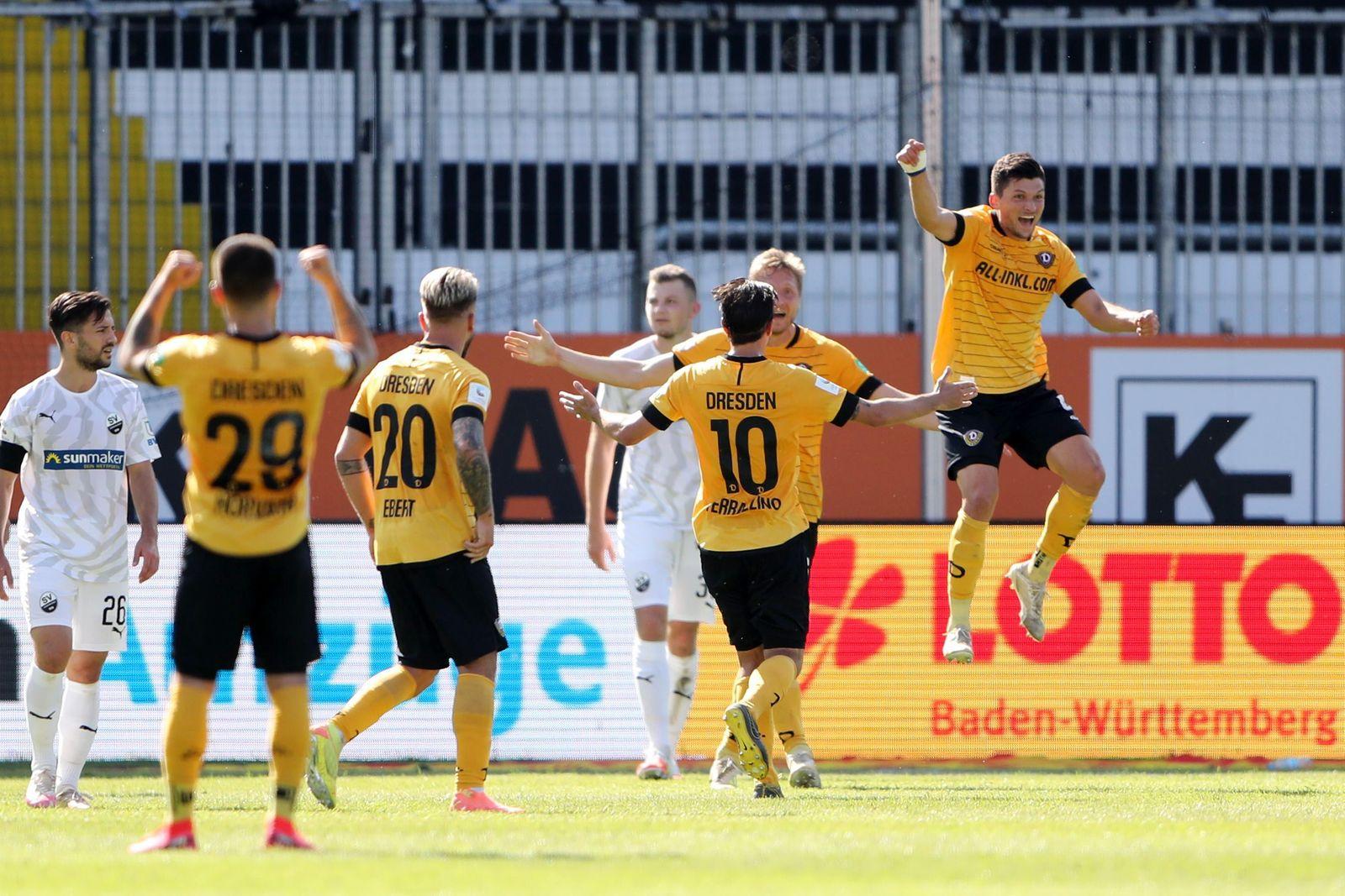 SV Sandhausen v SG Dynamo Dresden - Second Bundesliga