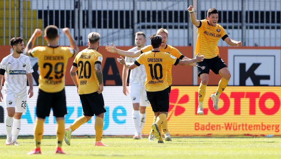 Marco Hartmann (rechts) schoss das späte Siegtor für Dynamo