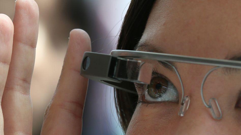 Google Glass: Umstrittenes Gadget für 1500 Dollar