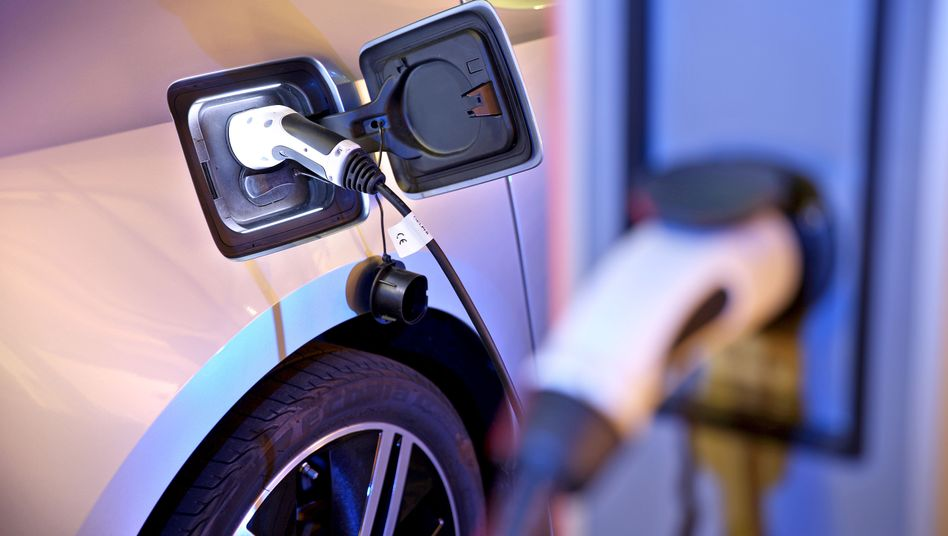 Für das Laden von Elektroautos werden öffentliche Säulen kaum genutzt