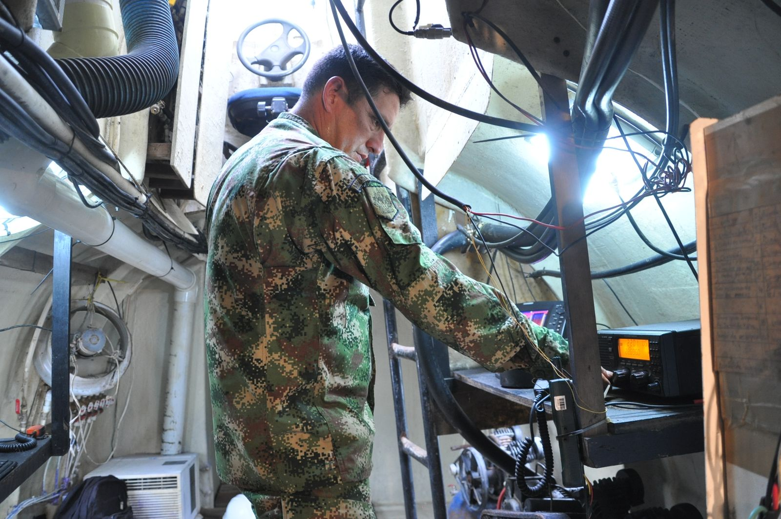 EINMALIGE VERWENDUNG Kolumbien/ Drogen-Schmuggel/ U-Boote