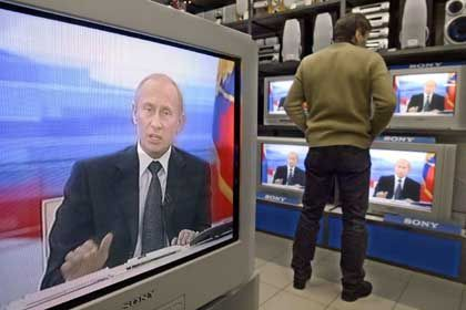 Putin has been criticized for limiting the freedom of the press within Russia -- but not by Schroeder.