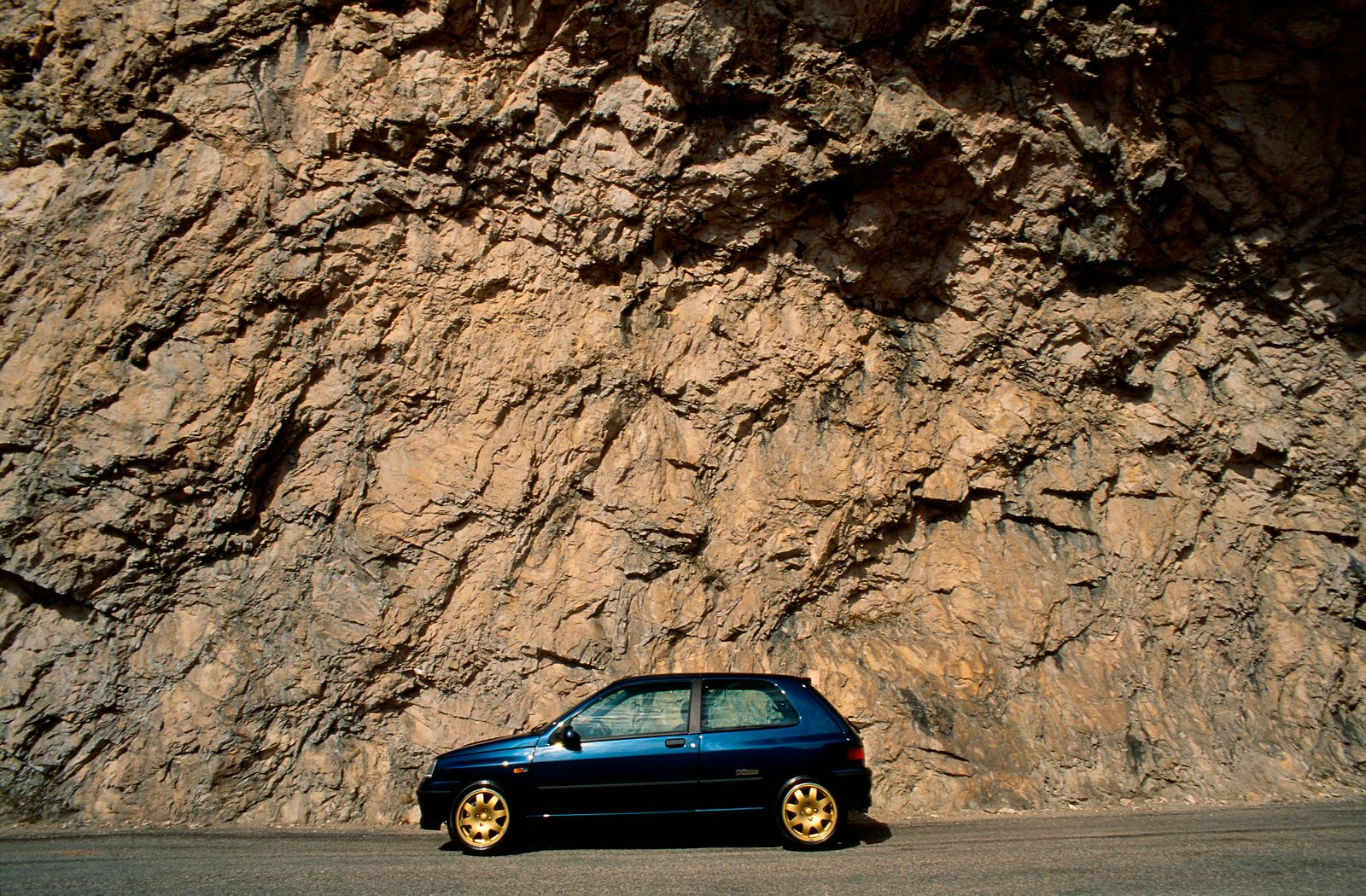 RENAULT CLIO WILLIAMS LIMITED EDITION - 93 MODEL