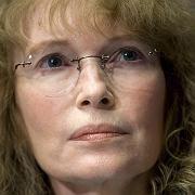 Erneuter Schicksalsschlag für Schauspielerin Mia Farrow: Erst im Dezember starb ihre Adoptivtochter, jetzt der Bruder