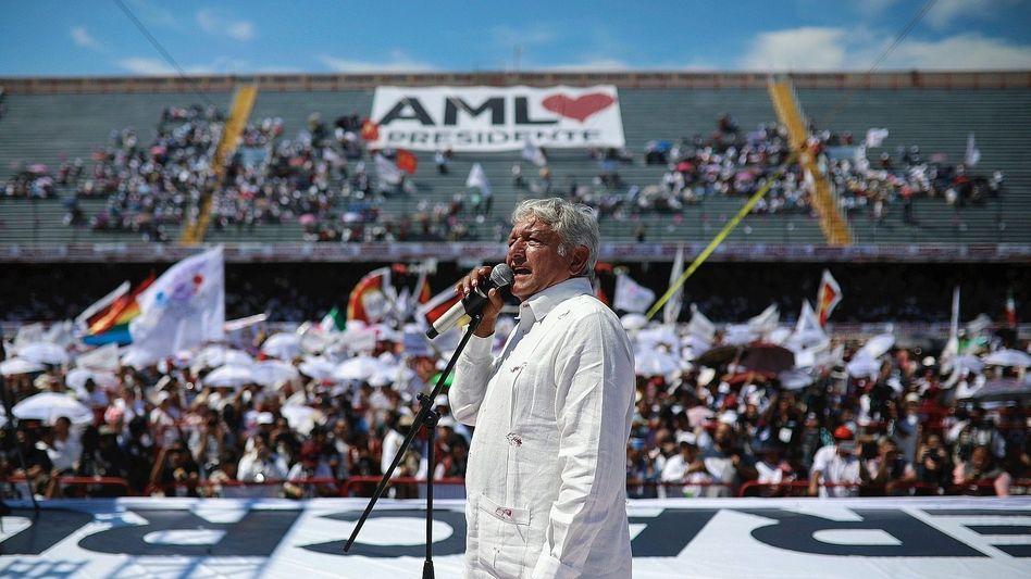 """Wahlkämpfer López Obrador in Veracruz: """"Nicht lügen, nicht stehlen, nicht das Land verraten!"""""""