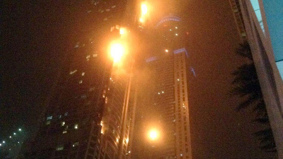 """""""The Torch"""" in Dubai: Großbrand im Wolkenkratzer"""