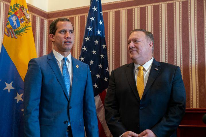 Juan Guaidó und Mike Pompeo: Verschärfung oder Verhandlung in Venezuela?