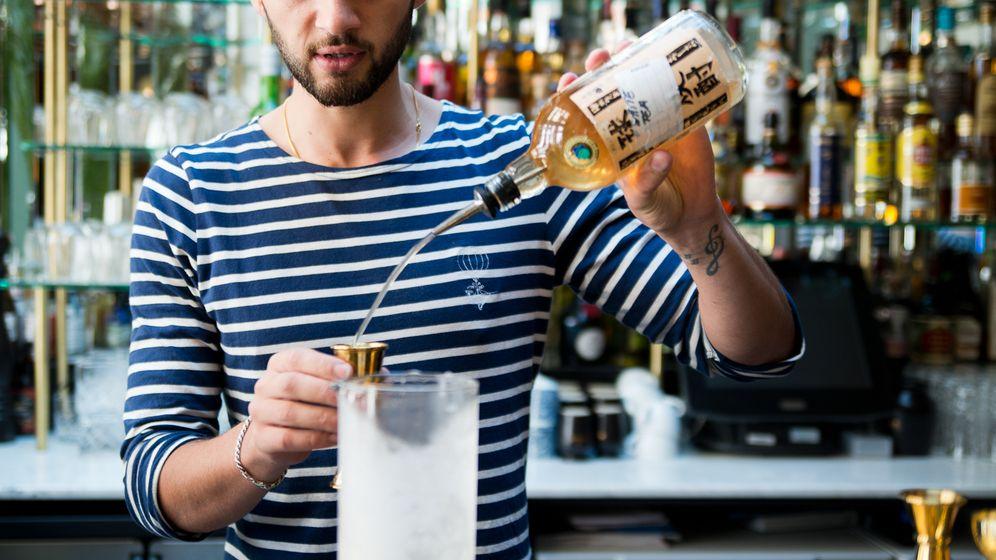 Drink in Paris: So entsteht der angesagte Rasen-Cocktail