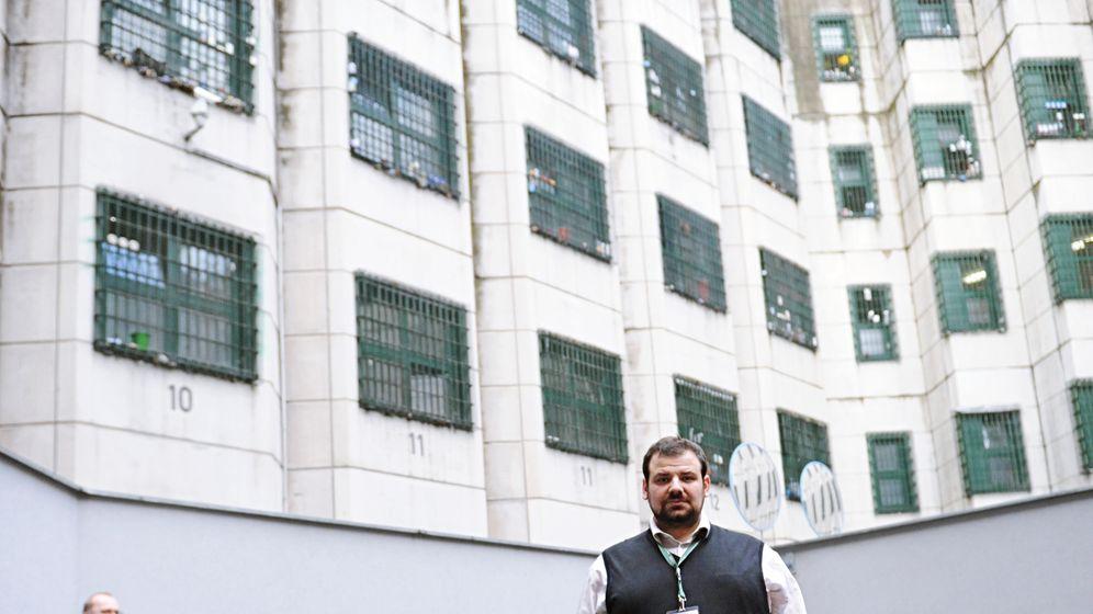Imam für Häftlinge: Ramazan Demir bei der Arbeit