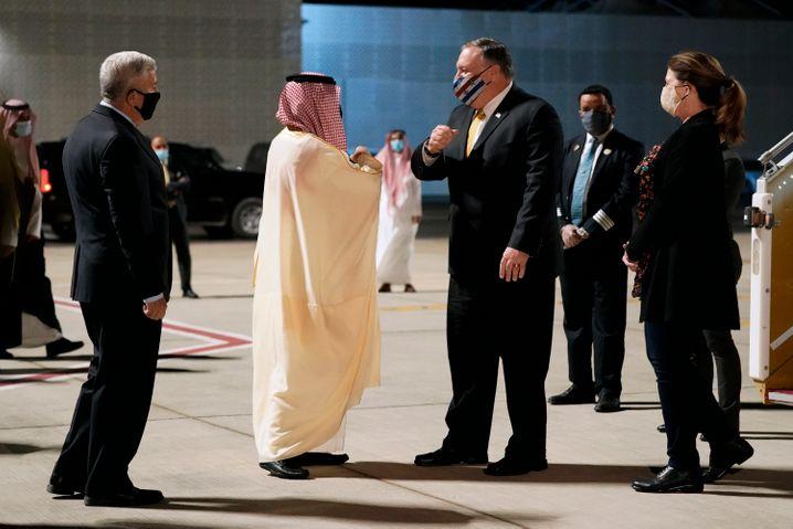 Noch-US-Außenminister Mike Pompeo bei seiner Ankunft in Saudi-Arabien