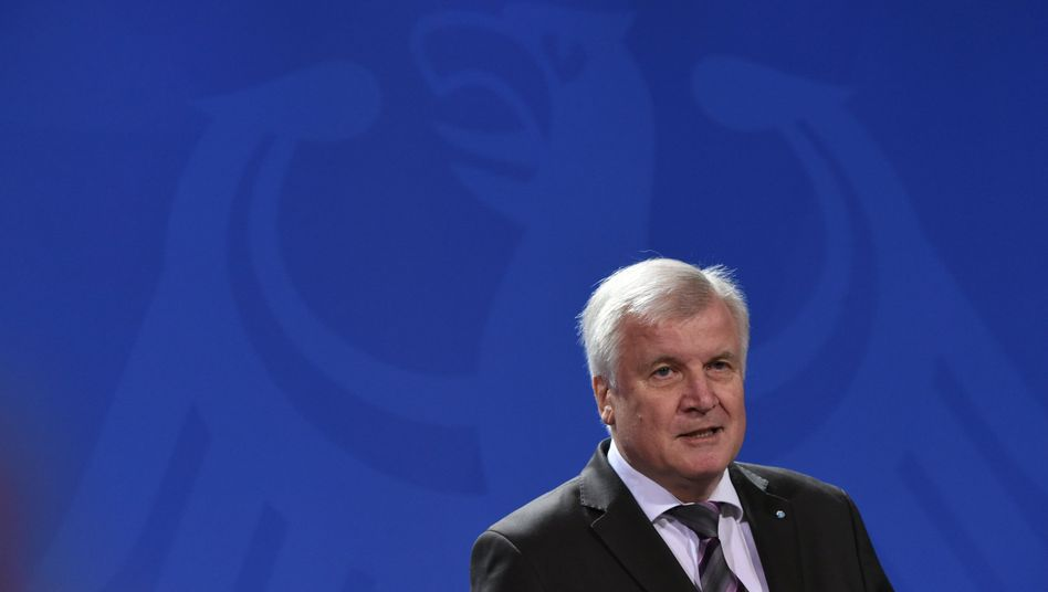 "CSU-Chef Seehofer: ""Viele Alternativen"""