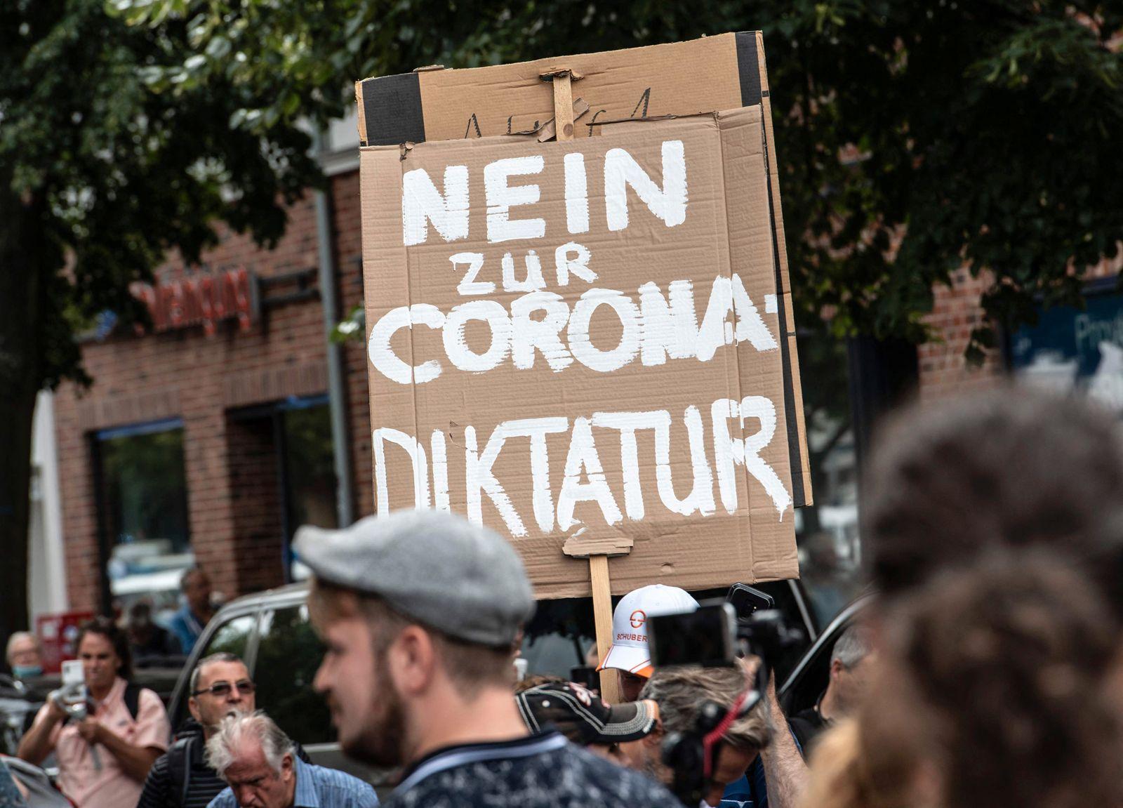 GERMANY-HEALTH-VIRUS-POLITICS-QUERDENKER-DEMO