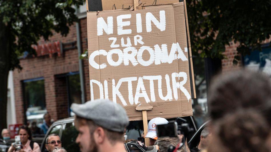 »Querdenker«-Demonstration in Berlin (am 1. August)