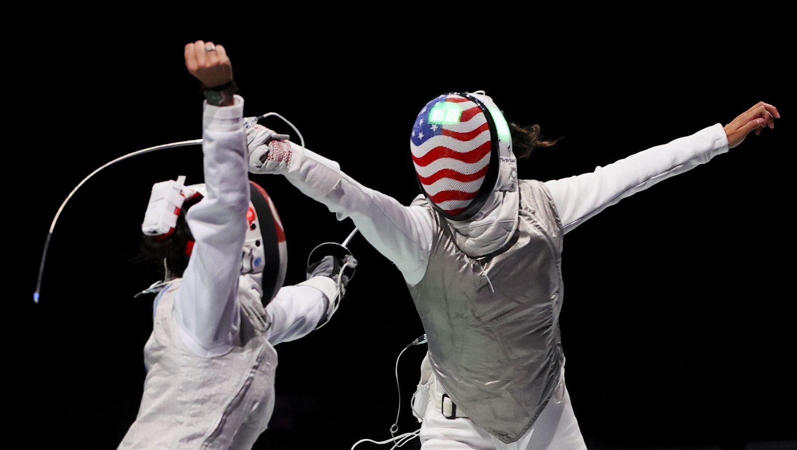 Fencing - Women's Individual Foil - Last 32