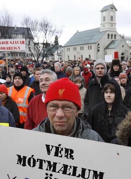 """Täglicher Protest in Reykjavík: Unmut über die """"unfähige Regierung"""""""