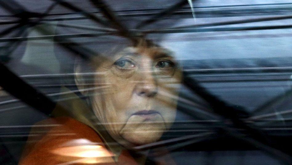 Kanzlerin Merkel bei Ankunft in Brüssel