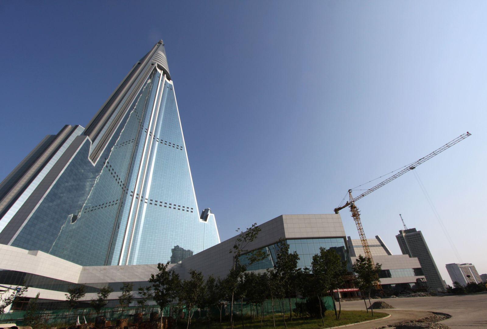 Ryugyong Hotel/ Pjöngjang/ Nord-Korea
