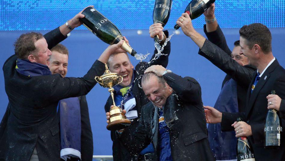 Jubelnde Europäer beim Ryder Cup 2014: Wettstreit um Gastgeberrolle 2022