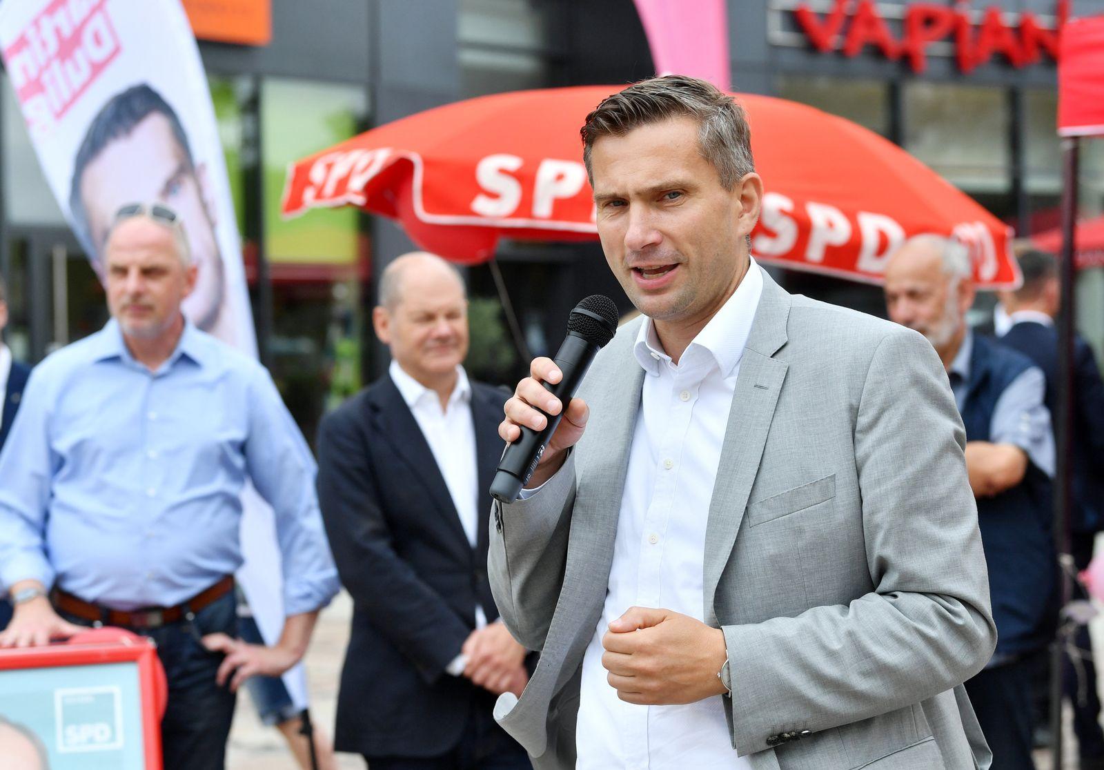 Mit Podest in Fußgängerzone - SPD setzt im Wahlkampf auf Dulig