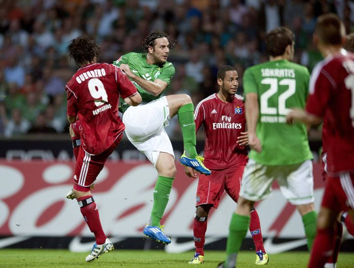 Ex-HSV-Spieler Guerrero, Pizarro (2.v.l.): Peruaner unter sich
