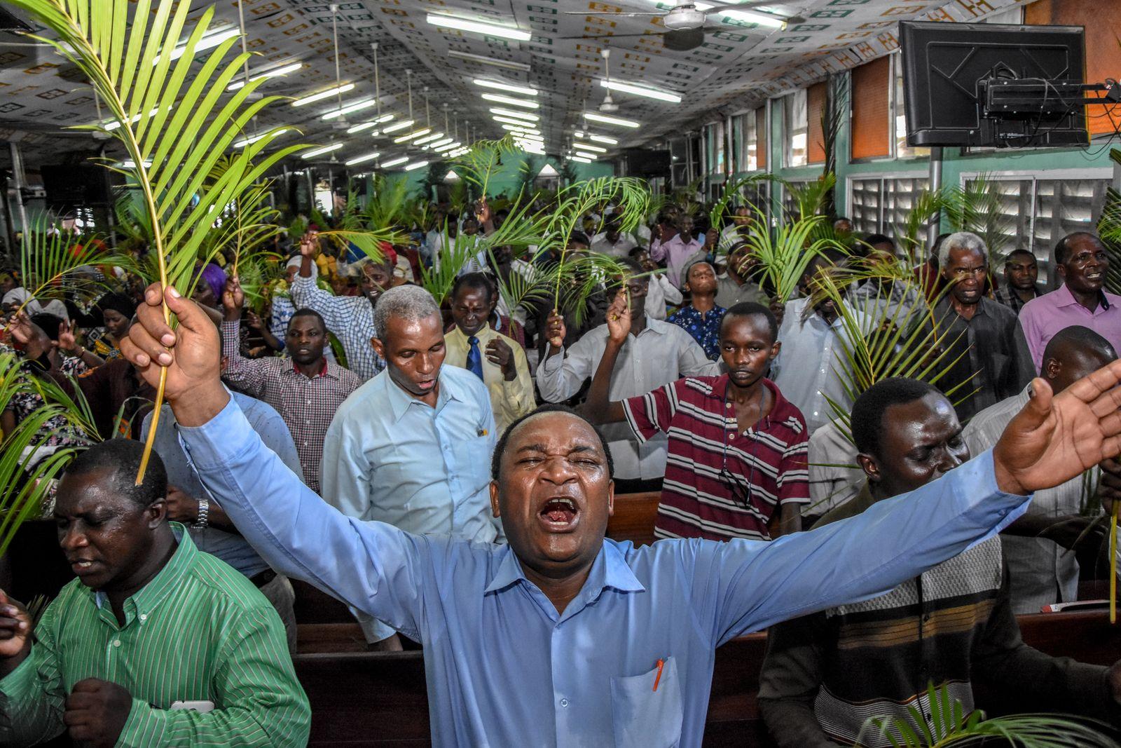 TANZANIA-HEALTH-VIRUS-RELIGION