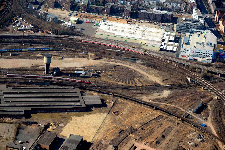 EINMALIGE VERWENDUNG Bahnhof Altona / Luftbilder