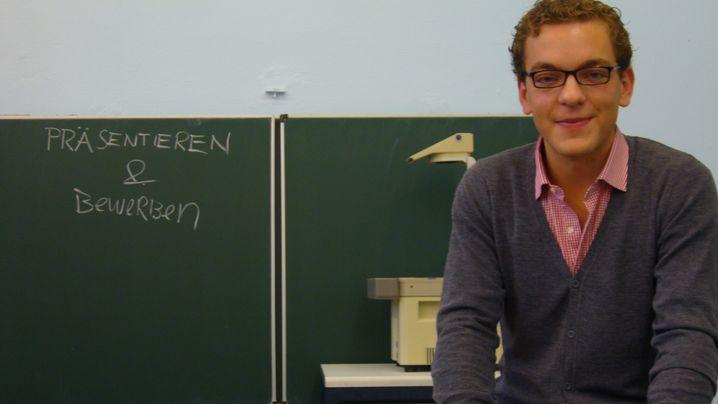 """Teach First"": Warum junge Akademiker an Problemschulen unterrichten"