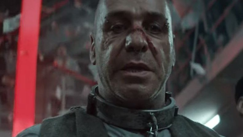 """Rammstein-Sänger Till Lindemann im Musikvideo """"Deutschland"""": Auf empörte Reaktionen abgesehen"""