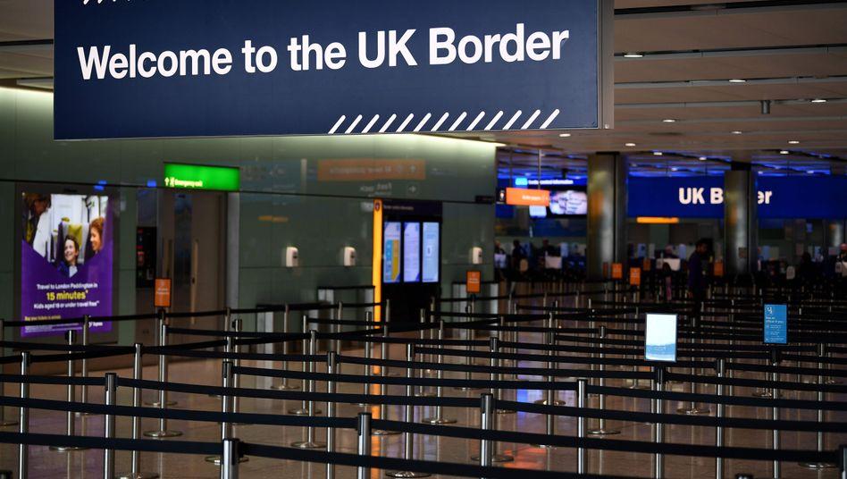 Schild am Flughafen Heathrow in London: Ende des Jahres verlässt Großbritannien endgültig die EU-Institutionen