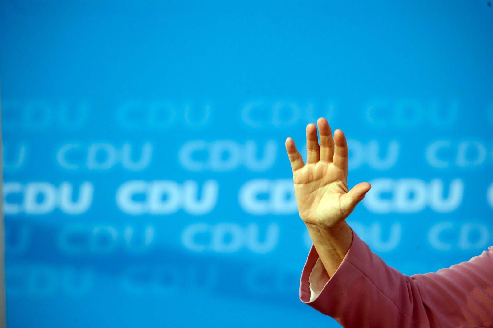 Kanzlerin Merkel auf Sommertour