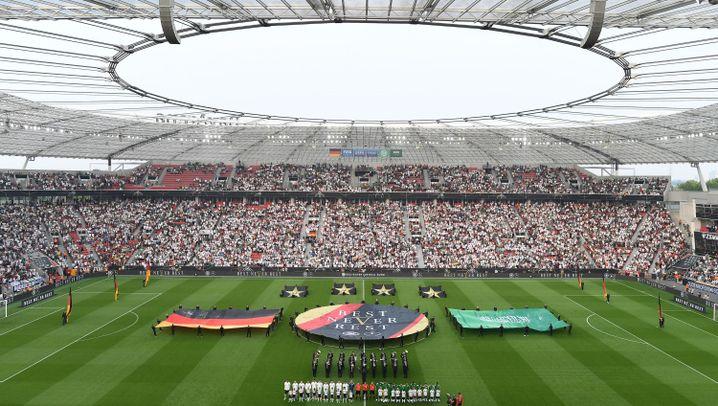 Deutschland vs. Saudi-Arabien: Eigentor und Pfiffe bei der WM-Generalprobe