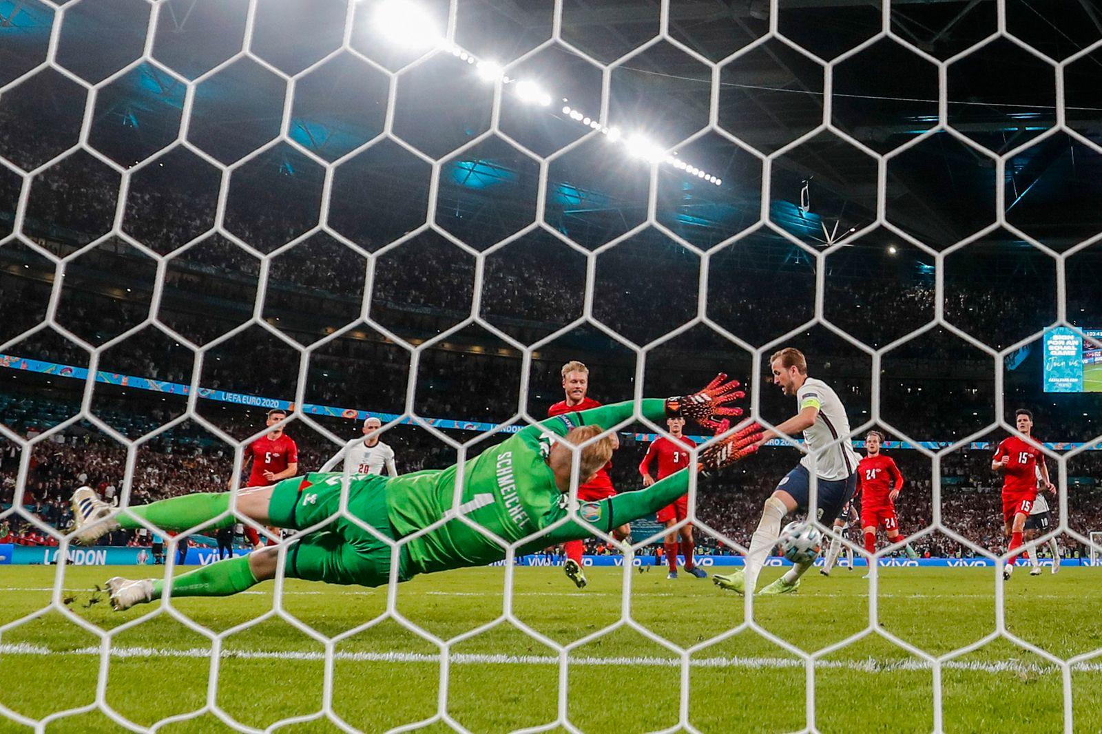 APTOPIX Britain England Denmark Euro 2020 Soccer