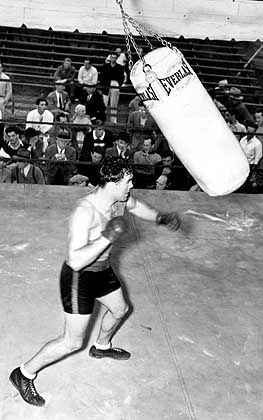"""Boxer Schmeling (1936): """"Niederlagen für Unternehmer"""""""